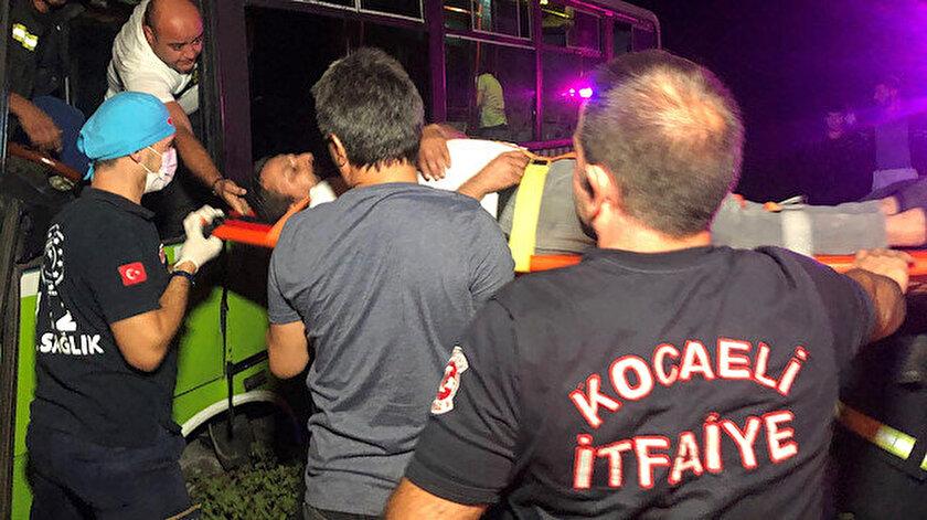 Kazada yaralanan şoför ambulanstan inmek istedi: Çalışmam lazım kiracıyım