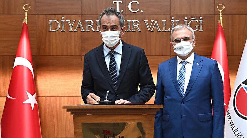 Milli Eğitim Bakan Mahmut Özer: Diyarbakırda 21 sınıfta eğitime ara verildi