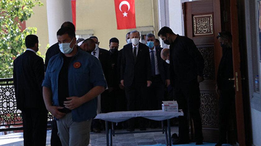 Cumhurbaşkanı Erdoğan Mersinde Cuma namazı sonrası vatandaşlara seslendi