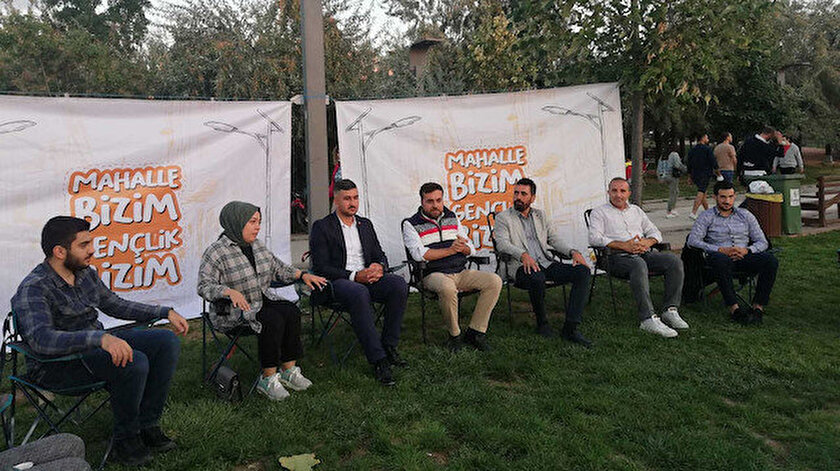 """AK Parti Çankaya Gençlik Kolları'nın buluşması """"Burası CHPli belediye"""" denilerek engellendi"""