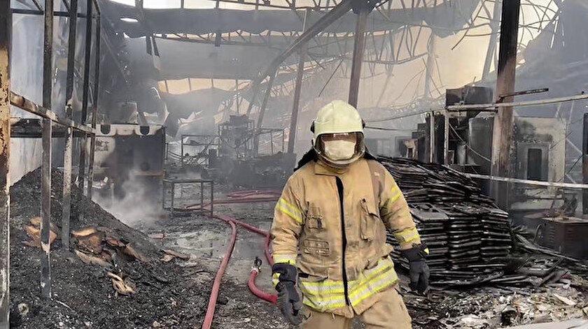 Son dakika... Şilede fabrika yangını