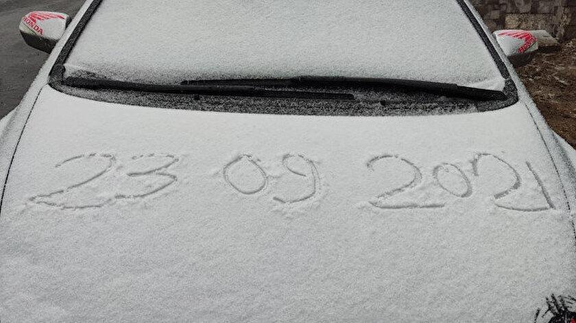 Uludağ'a kar yağdı: Zirve beyaza büründü
