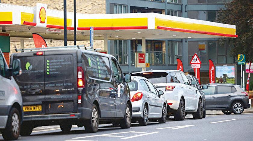 İngiltere'de lojistik krizi derinleşiyor: Benzin yok raflar boş, İngilterede benzin mi bitti?