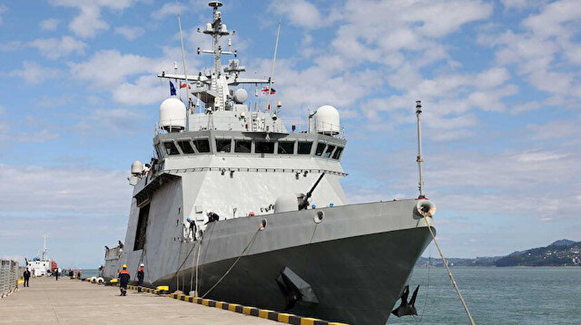 NATO savaş gemileri Batum'a demir attı: Aralarında Türkiyenin gemisi de var