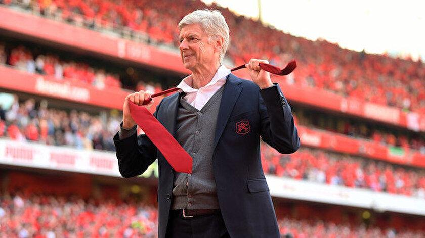 Arsene Wenger bir maçlığına kulübeye geri dönüyor