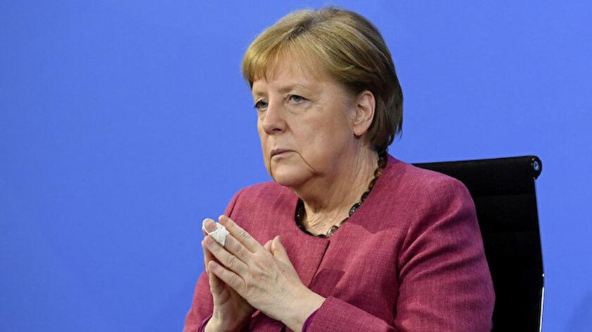 Merkelden Afganistan açıklaması: 40 milyon insanın kaosunu izlemek uluslararası toplumun amacı olamaz