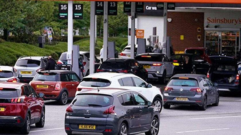 İngiltere'deki benzin istasyonlarının yüzde 10'unda yakıt yok: Durum vahim