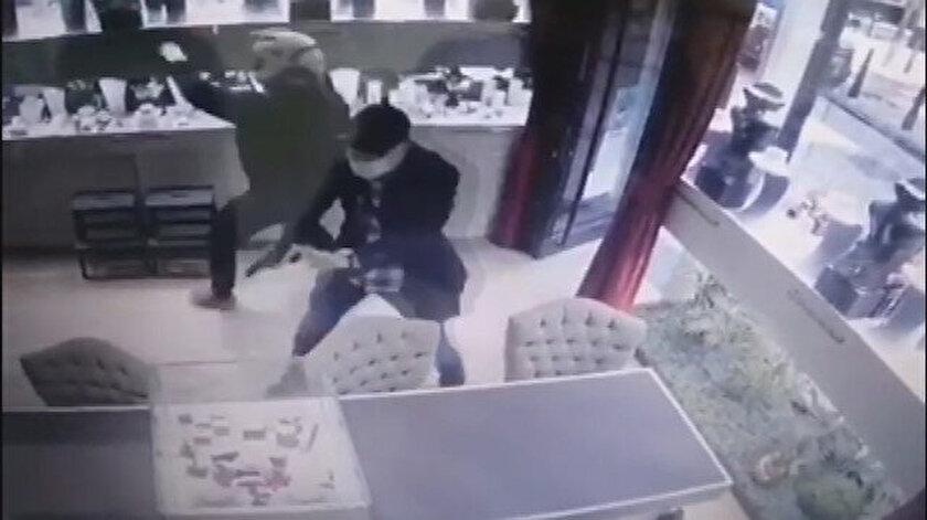 Şişlide mücevherat mağazasında soygun