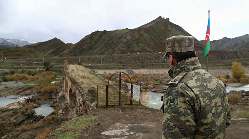 Karabağ'da bir Azerbaycan askeri şehit oldu