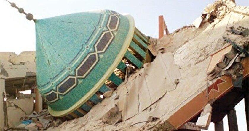 Angolada camileri yıkıyorlar