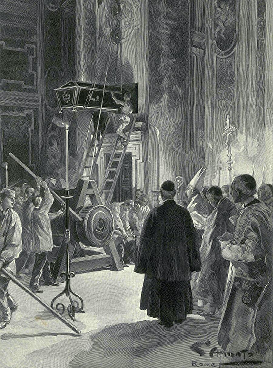Katedralin duvarında bir papa mezarı Fransa'da çıkan L'Illustation dergisinde 1 Ağustos 1903 tarihinde yayınlanan bu gravürde 20 Temmuz 1903'te ölen Papa XIII. Leon'un Sen Piyer Katedrali'nin duvarında açılan boşluğa gömülüşü tasvir ediliyor.