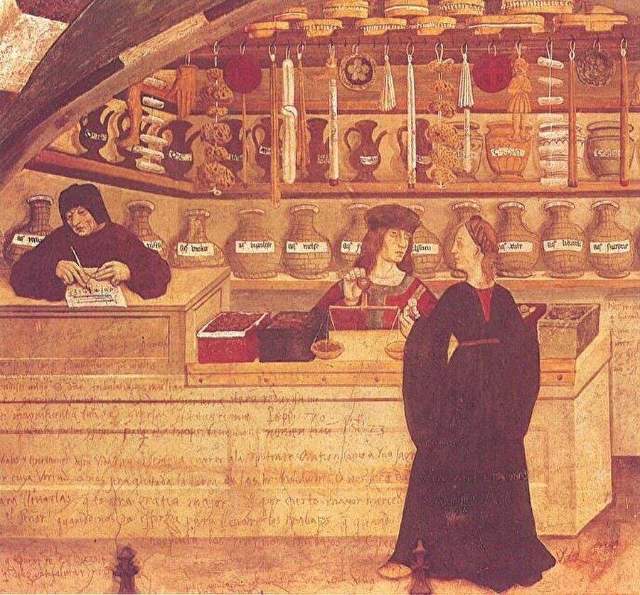Doğu dillerinden pek çok kelime tüccarlar vasıtasıyla Avrupa'ya taşınmış; ürünlerin orijinal isimleri küçük farklılıklarla Avrupa dillerine geçmişti. İtalya'da tüccarların Hindistan'dan getirdiği baharatların satıldığı bir aktar.