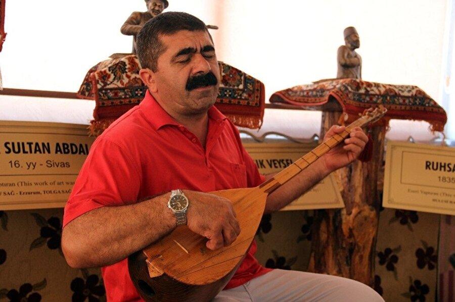Ozanlar Müzesi'nin kurucusu Şentürk İyidoğan. (İHA)