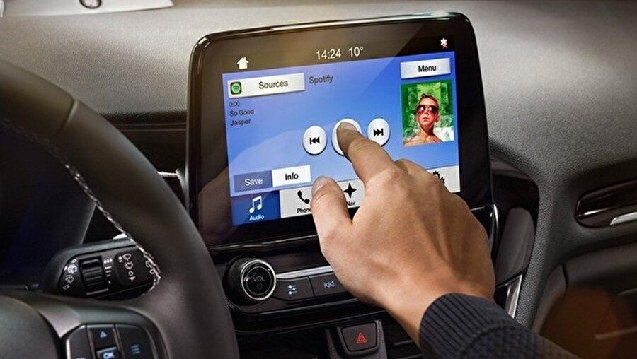 Ford Fiesta, B segmentinin en teknolojik araçları arasına şimdiden girmeyi başardı.