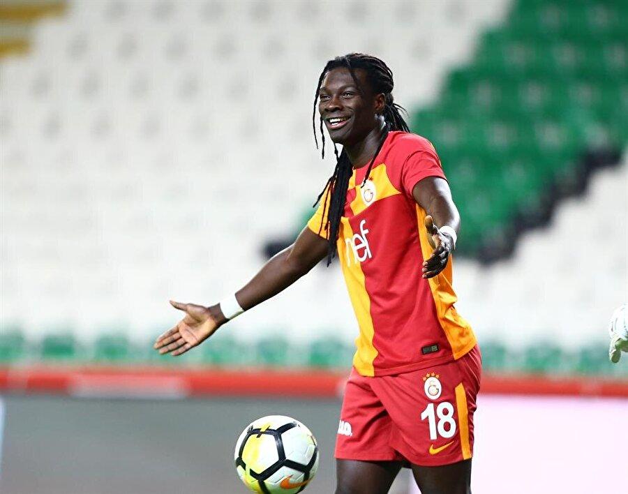 Gomis 3 maçta takımının tüm gollerini kaydederek, takımının 7 puanına direk adını yazdırdı.