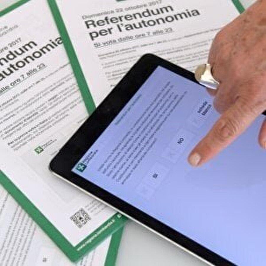 Lombardiya Bölgesel Yönetimi, seçmen merkezlerine oy kullanılması için 24 bin 400 tablet dağıttı