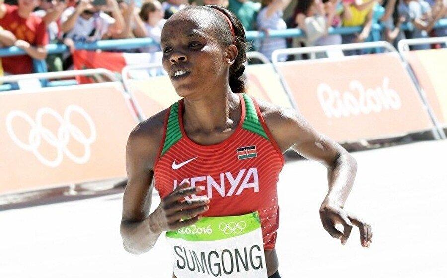 Jemima Sumgong, Rio'da elde ettiği sonuçla bir ilke imza atmıştı.