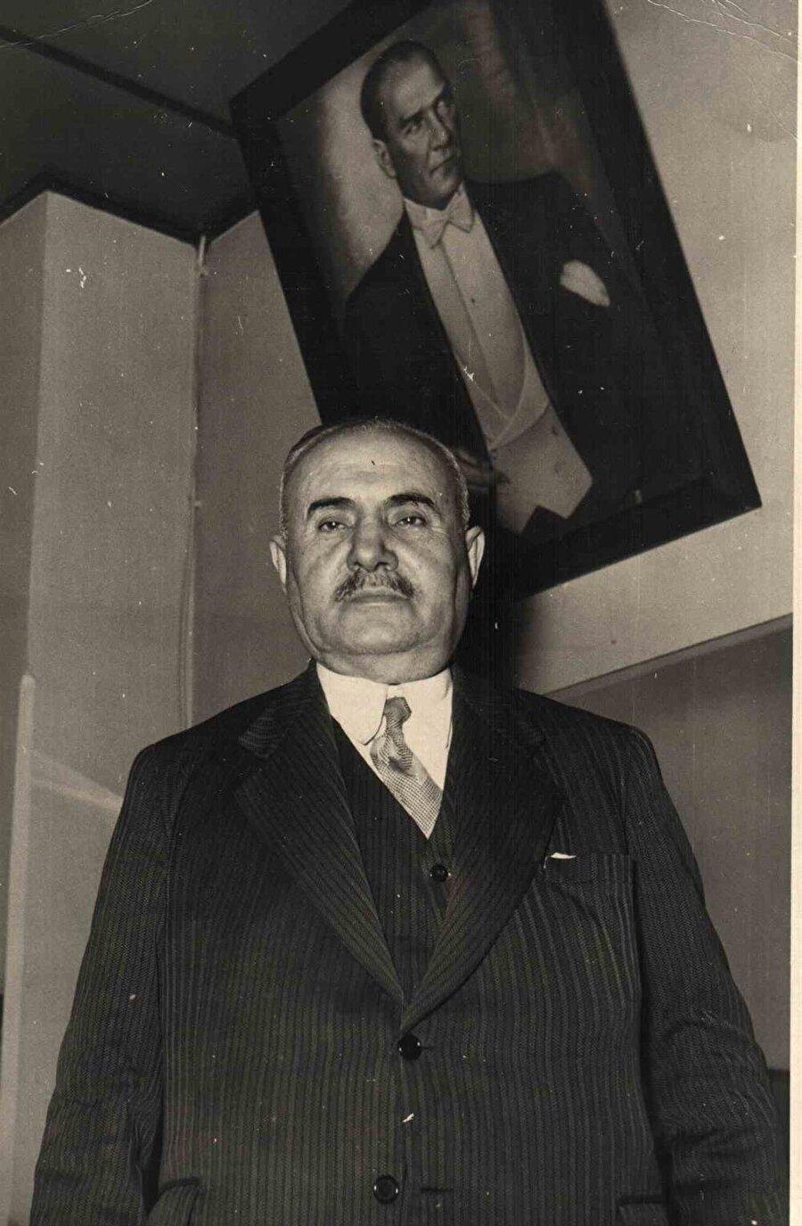 Nuri beye, demiryollarına büyük katkıda bulunduğu için Atatürk tarafından Demirağ soyadı verilmişti.