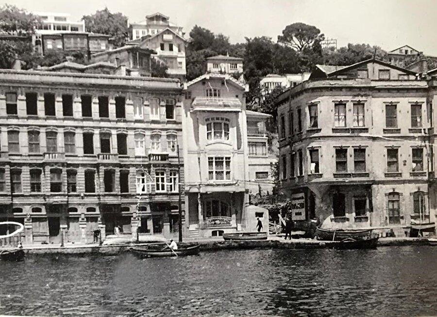 İstanbul Boğazı'ndaki yalılar, dünyanın önde gelen konutları arasında yer alıyor.
