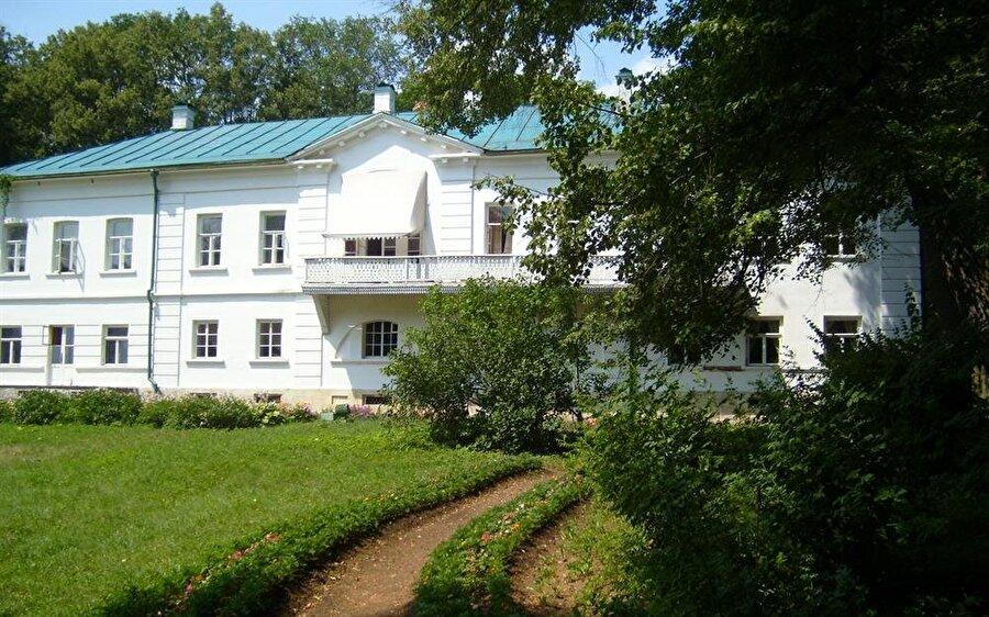 Tolstoy'un Moskova'da yaşadığı ev