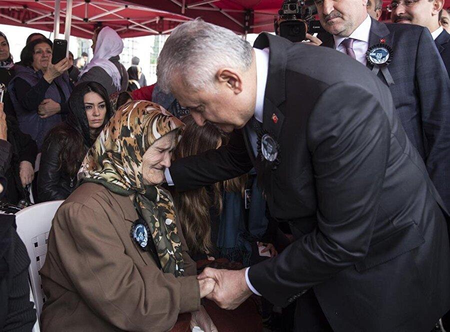 Başbakan Yıldırım taziyede bulundu. (Fotoğraf: AA)