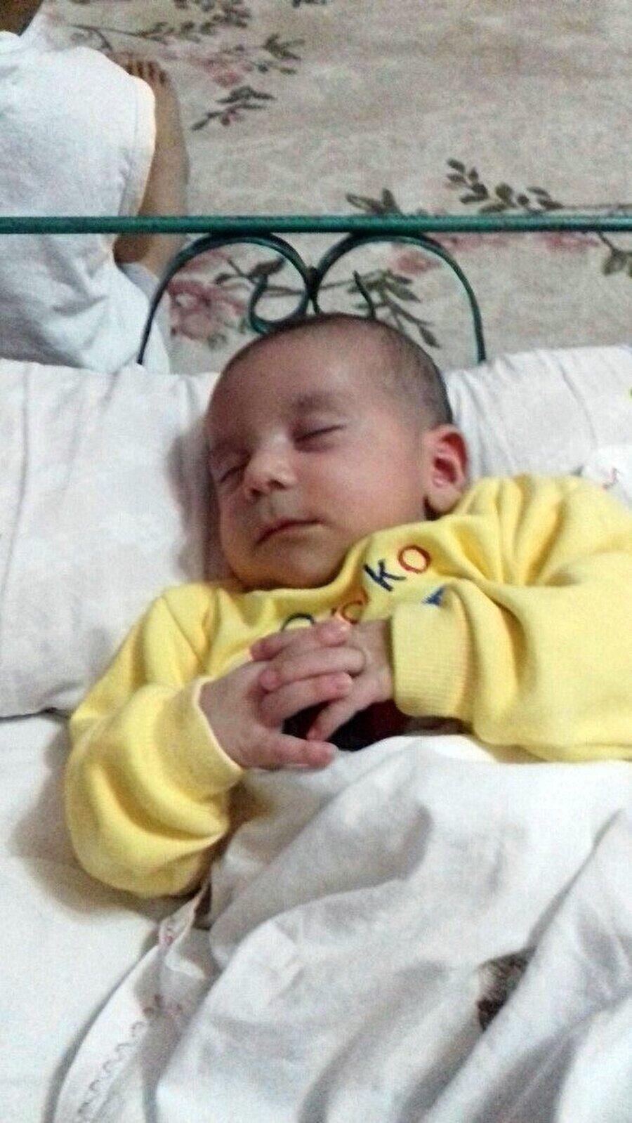 Anne-baba arasında yeni doğan bebeğe isim koyma tartışması kavgaya dönüştü.