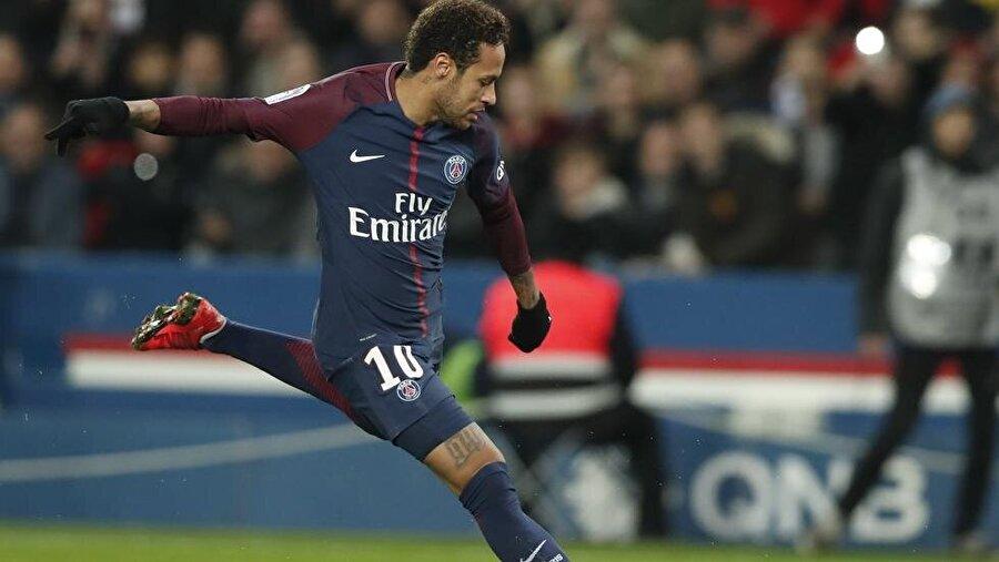 PSG'nin golleri Cavani ve Neymar'dan geldi.