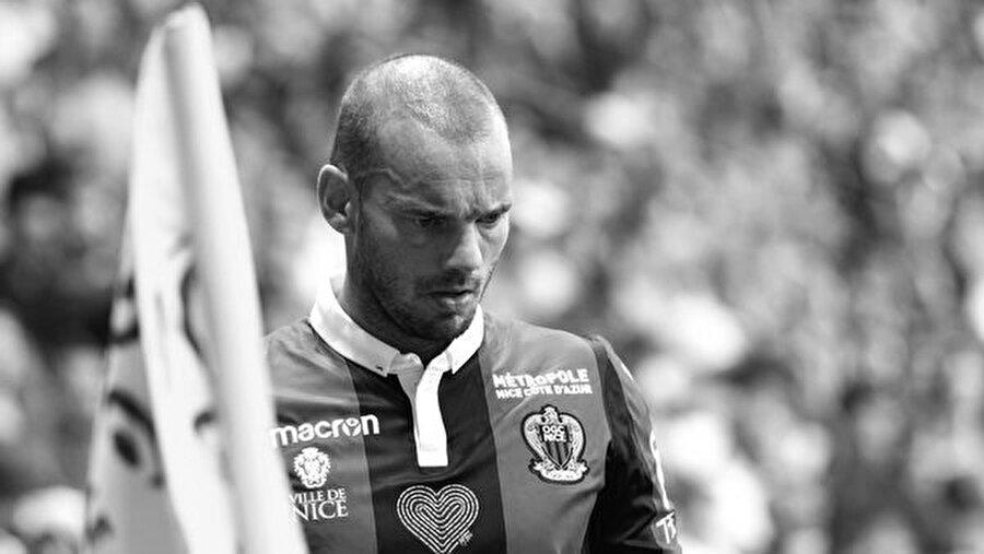 Wesley Sneijder kariyerinin en kötü sezonlarından birini yaşıyor.