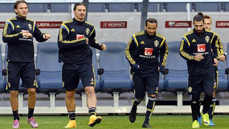 İbrahimoviç ile Erkan Zengin çok iyi iki dost.
