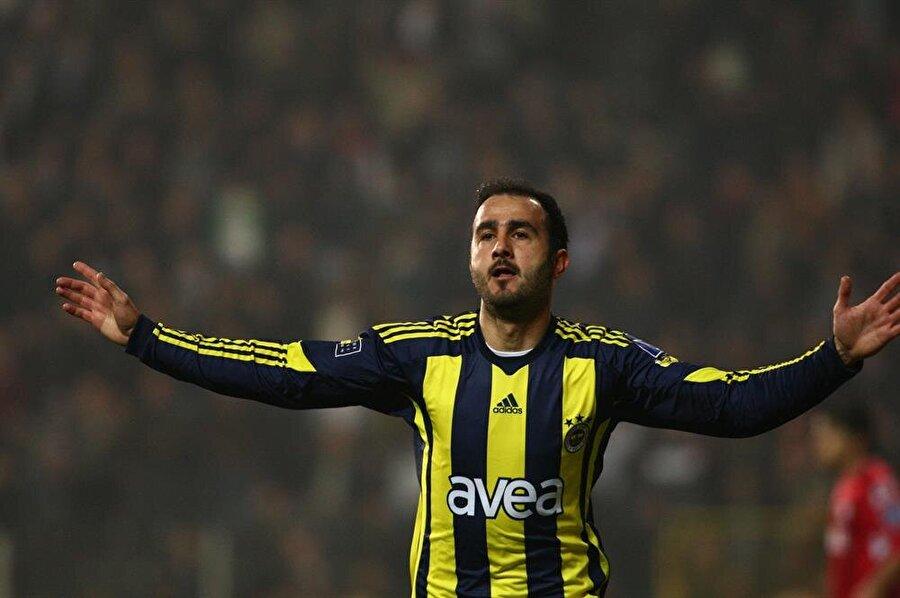 Fenerbahçe formasını 24 kez giyen Gökhan Ünal 2 gol atıp, 4 asist yapmıştı.