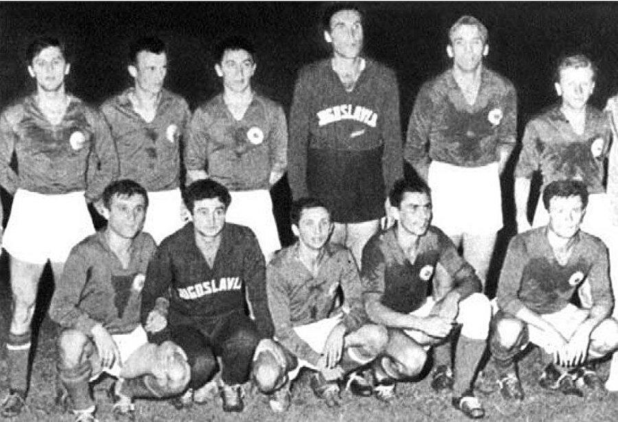Yugoslavya Futbol Milli Takımı, 1960 Olimpiyat Oyunları'nda altın madalyanın sahibi oldu.