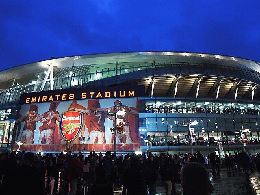 Arsenal stat içinde derin bir temizlik başlattı.