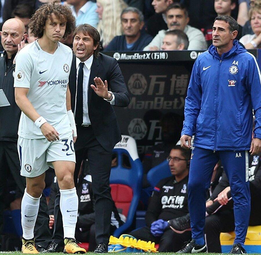 Teknik direktör Conte ile David Luiz arasında soğuk rüzgarlar esiyor.
