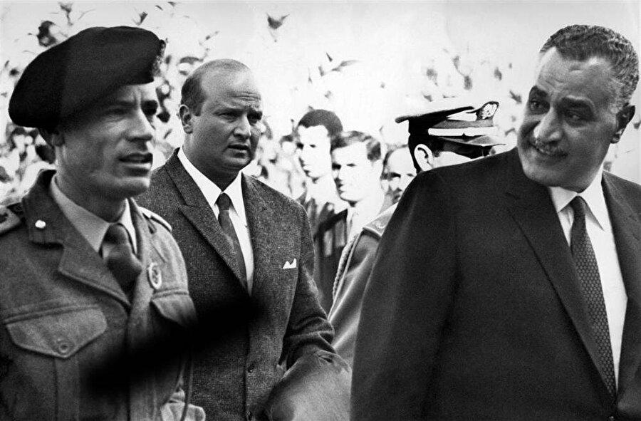 Muammer Kaddafi ve Cemal Abdünnasır