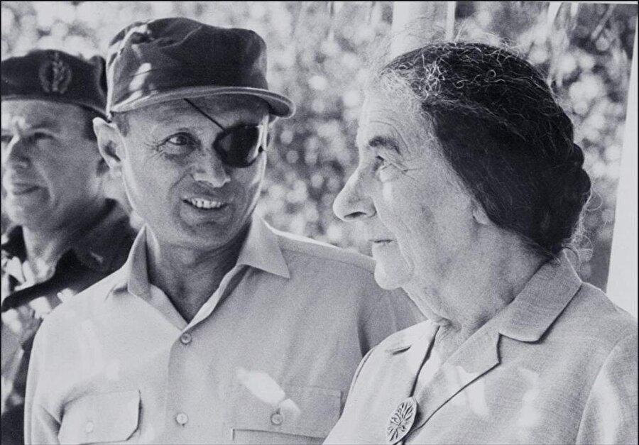 Moşe Dayan ve Golda Meir
