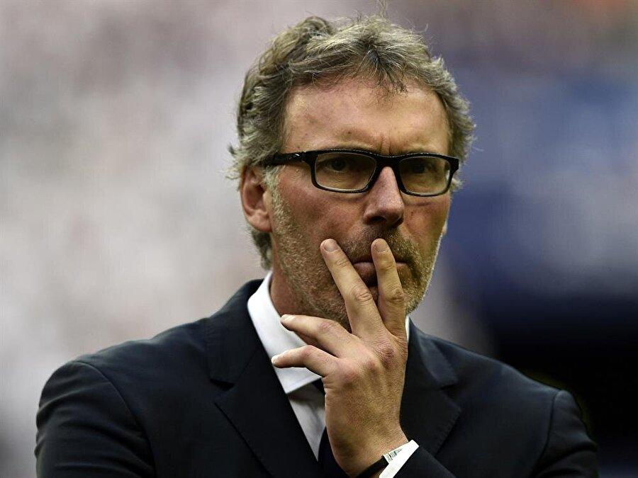Takım içinde Fransızca konuşan futbolcuların çokluğu Blanc'in adaylar arasında en önemli sırada yer almasını sağladı.