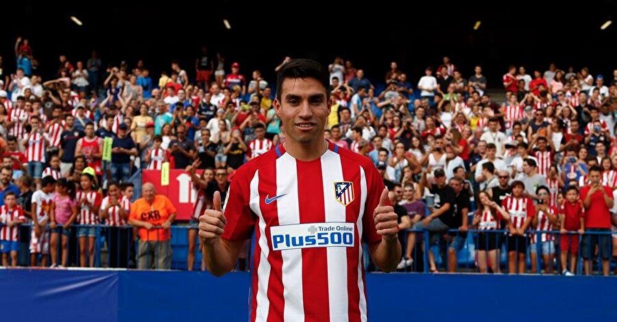 Nico Gaitan büyük umutlarla Atletico Madrid'e imza atmıştı.