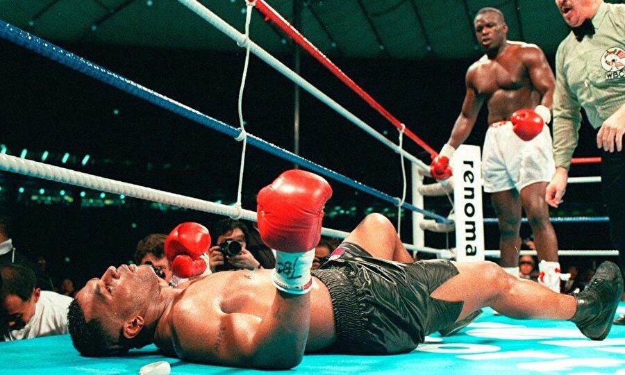 Buster Douglas'ın Mike Tyson'ı mağlup ettiği mücadele...