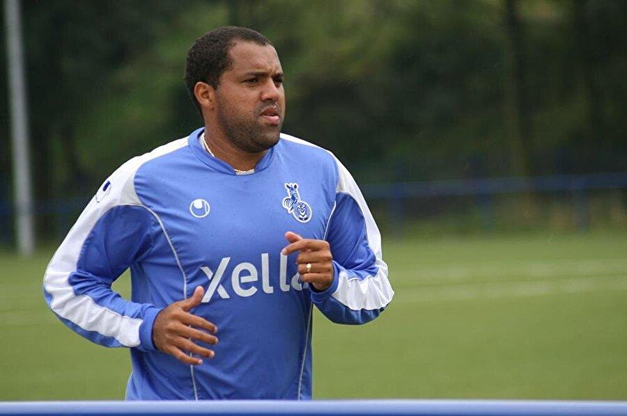 Kiloları nedeniyle eleştirilen Ailton Gonçalves bir dönem Beşiktaş'ta forma giydi.