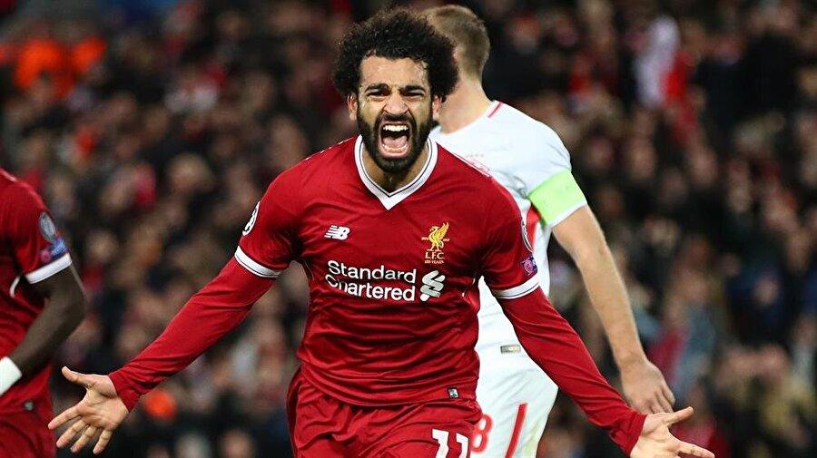 Liverpool'u Muhammed Salah sırtlıyor.n