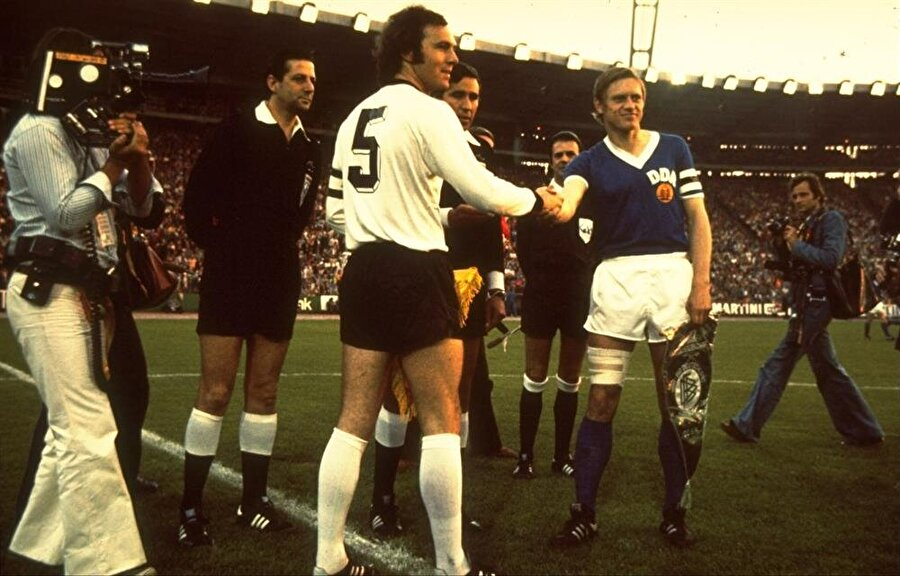 Batı Almanya-Doğu Almanya maçından bir kare
