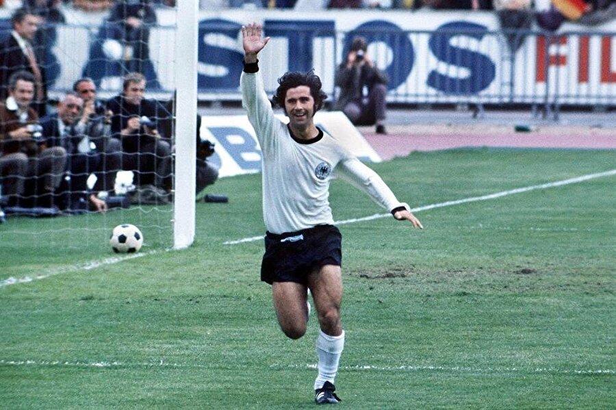 Almanların unutulmaz golcüsü Gerd Müller