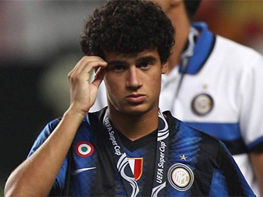 Brezilyalı futbolcu üç sezon İtalya'da kaldı.