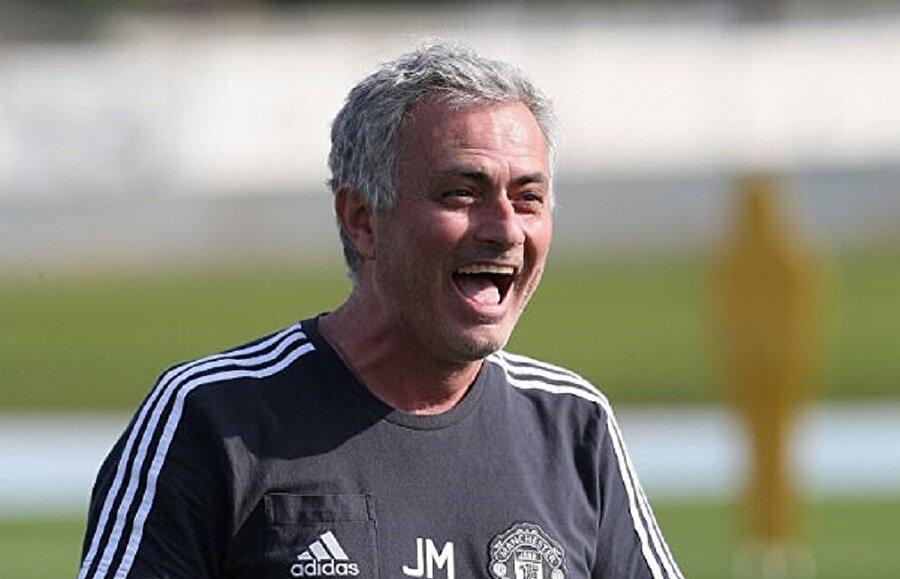 Mourinho sakatlıktan dönen futbolcular nedeniyle bir hayli mutlu.