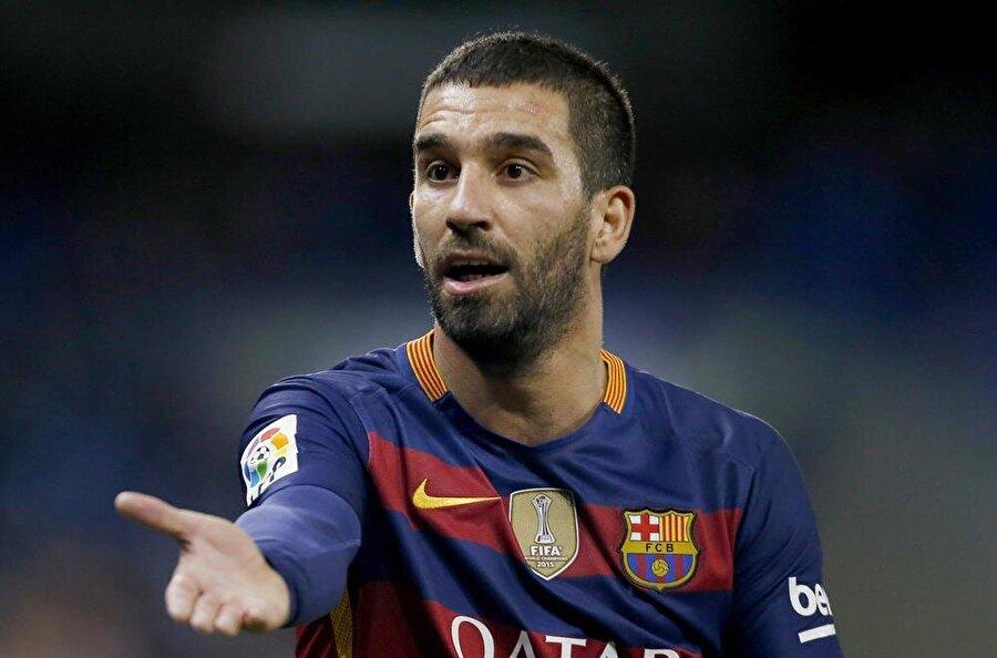 Barcelona'da formaya hasret kalan Arda Turan, Başakşehir ile anlaştı.