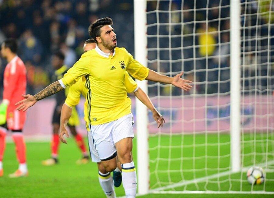 Fenerbahçe'nin Ozan için 8 milyon Euro'luk bir bonservis bedeli talep ettiği iddia ediliyor.