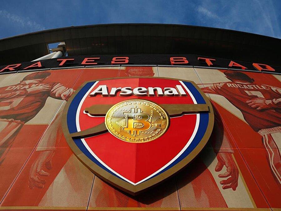 Arsenal Stadyumu'nun dışında çekilmiş bir fotoğraf.