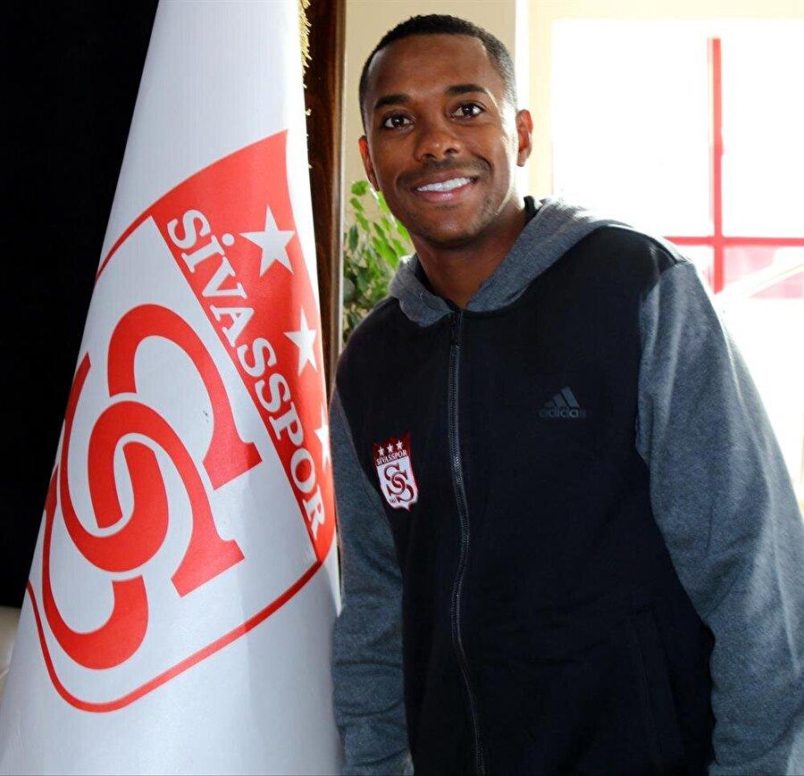 Robinho, Sivasspor'un başarısı için elinden geleni yapacağını söyledi.