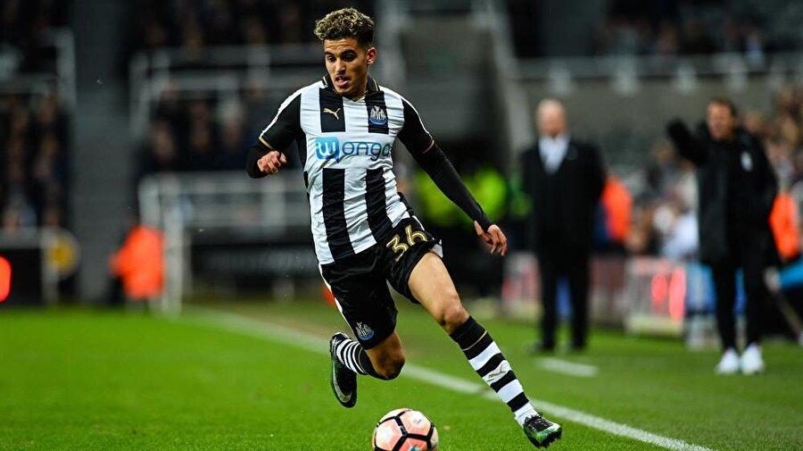 Yasin Ben El-Mhanni, Newcastle United'ın U23 takımında forma giyiyor.