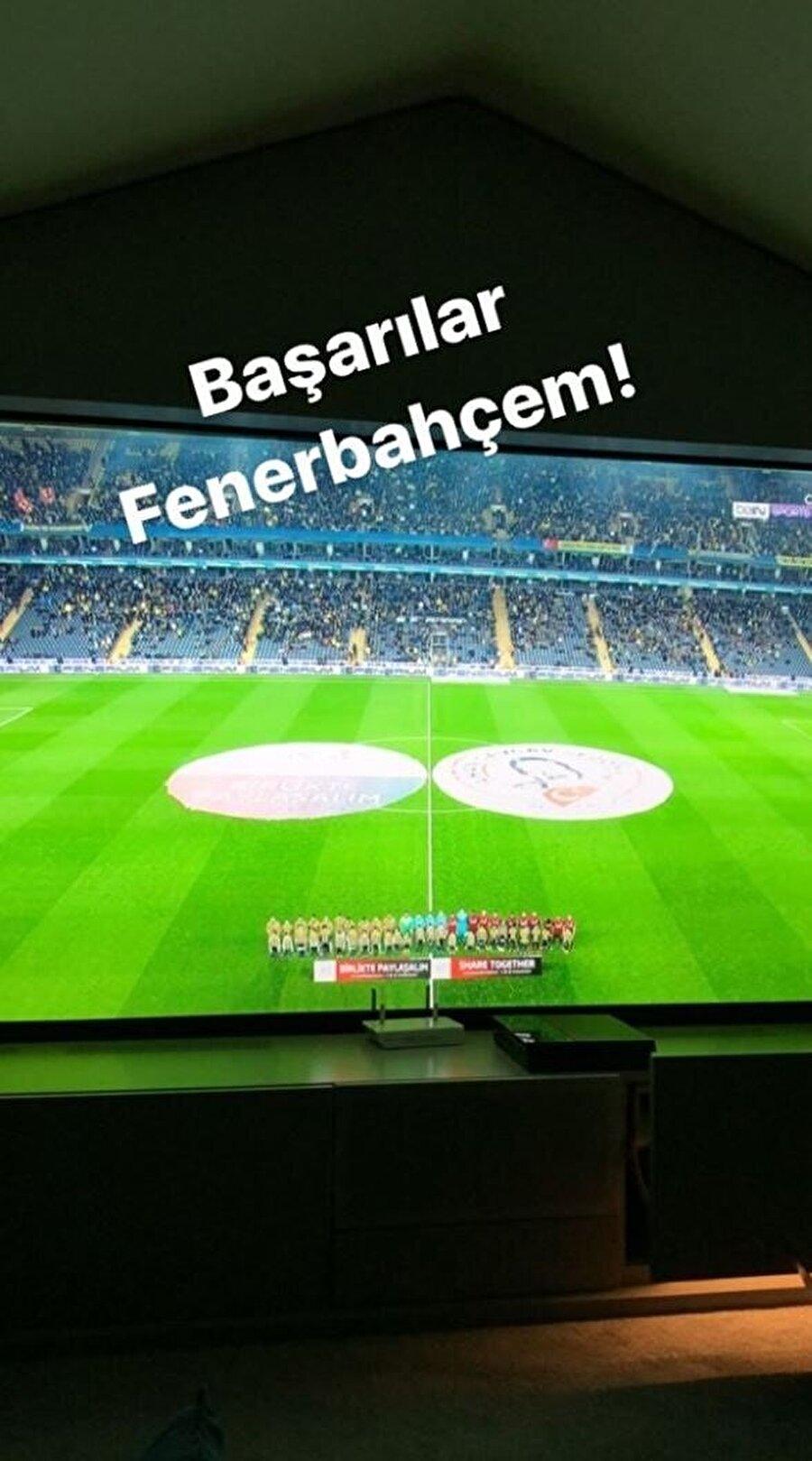 Genç futbolcu Fenerbahçe-Gençlerbirliği maçını evinden takip etti.